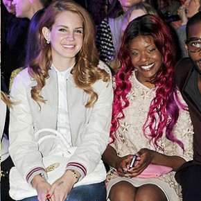 "Photo of Azealia Banks & her friend musician  Lana Del Rey - Song ""Blue Jeans"""
